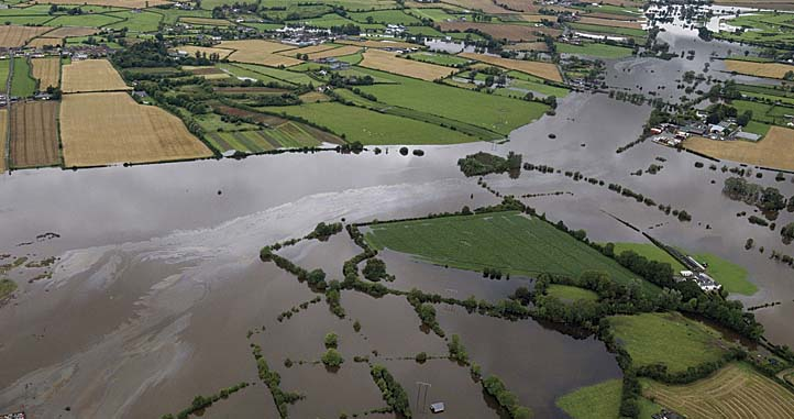 Engaging communities on local waters and the draft River Basin Management Plan for Ireland