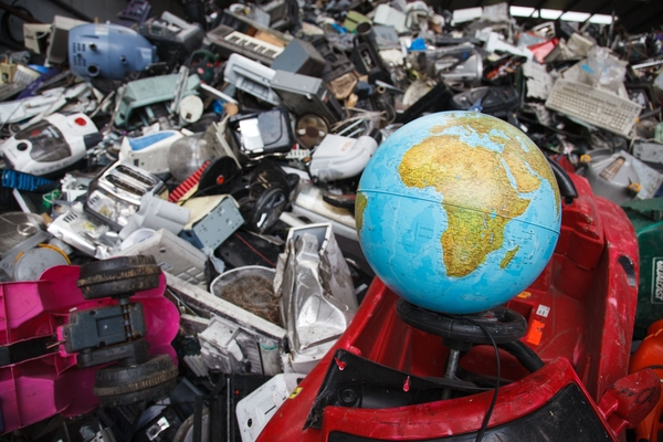 Global E-waste To Hit 49.8M Tons By 2018 — Here's What Japan Is Doing To Combat It