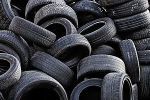 EPA calls on local authorities to target inspections to improve air quality and management of waste tyres and food waste