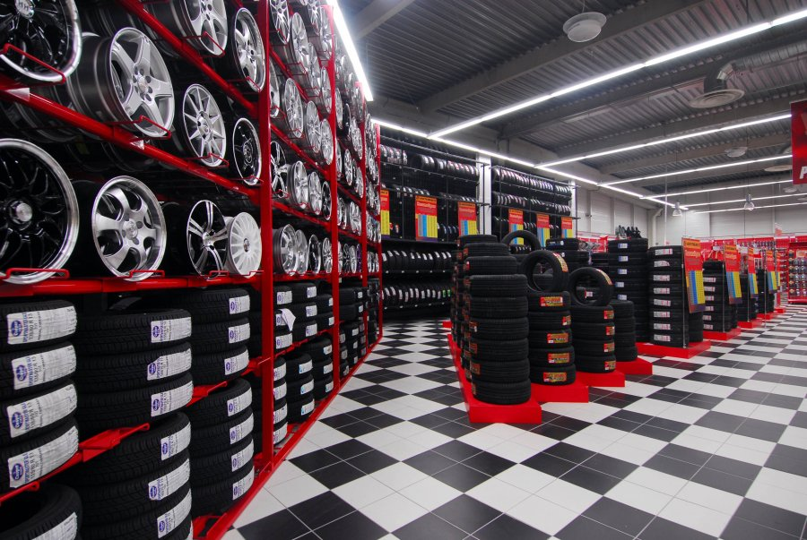 The economic cost of IPR infringement in the tyres and batteries sectors